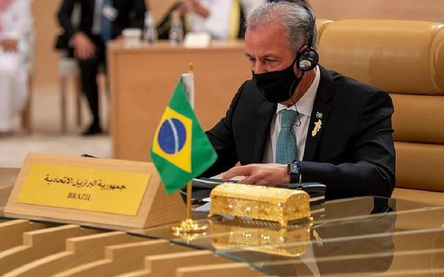 وزير المناجم والطاقة البرازيلي بينتو البوكير كان