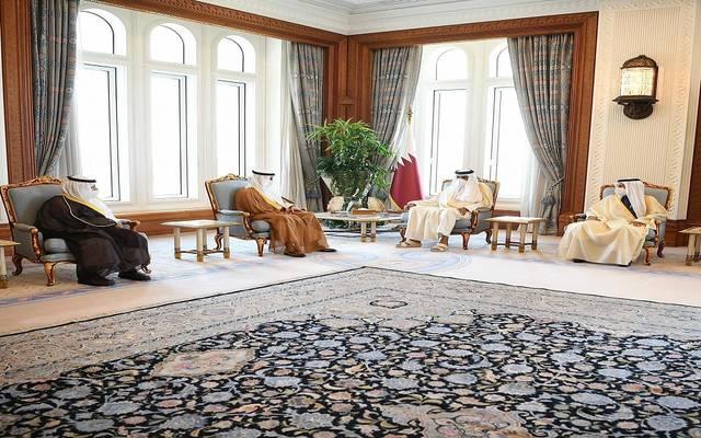 أمير دولة قطر تميم بن حمد آل ثاني ورئيس مجلس الأمة الكويتي مرزوق علي الغانم