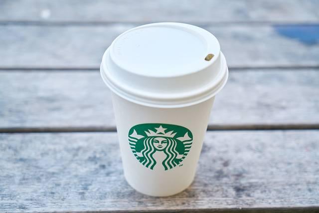 Starbucks names Hyatt chief accountant new CFO