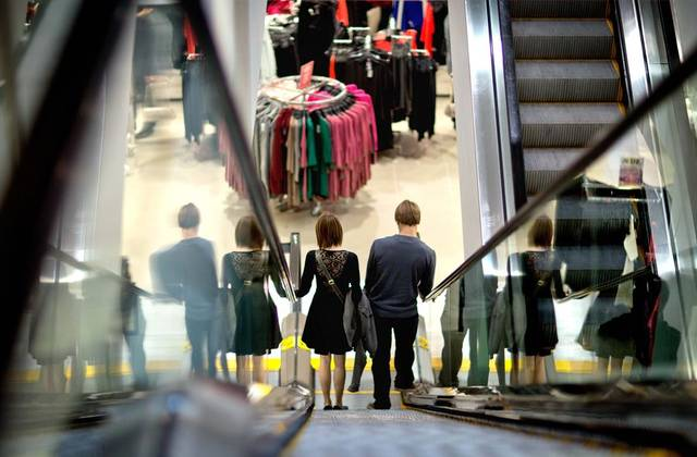 US consumer sentiment declines in early June