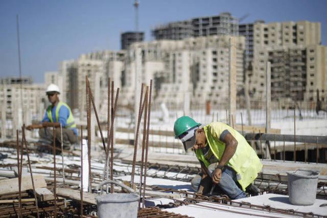 الشركة تقوم بأعمال الصيانة المتعلقة بالمباني والعقارات المملوكة للشركة وللغير
