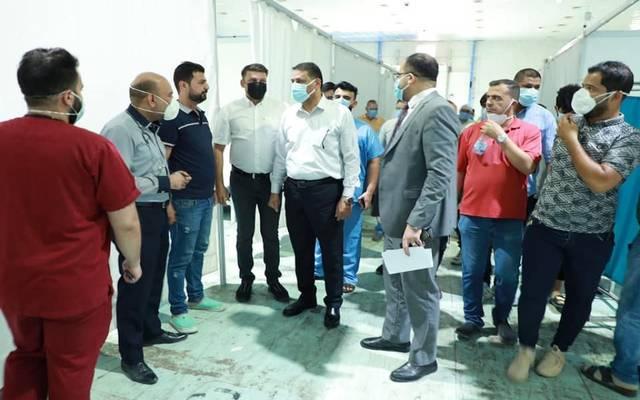 الوزير أثناء زيارته الميدانية
