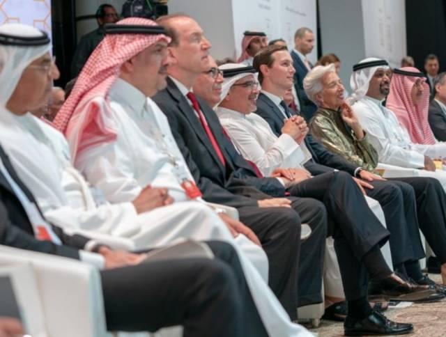 جانب من مشاركة سلمان بن حمد بن عيسى آل خليفة، ولي عهد البحرين في ورشة السلام من أجل الازدهار بالمنامة