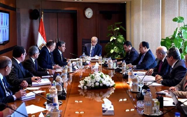 """""""الوزراء"""" يوجِّه بتعديل بنود منظومة إدارة المخلفات الصلبة في مصر"""
