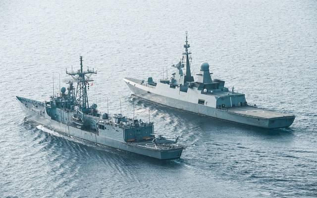 سفن حربية بالمياه الإقليمية السعودية
