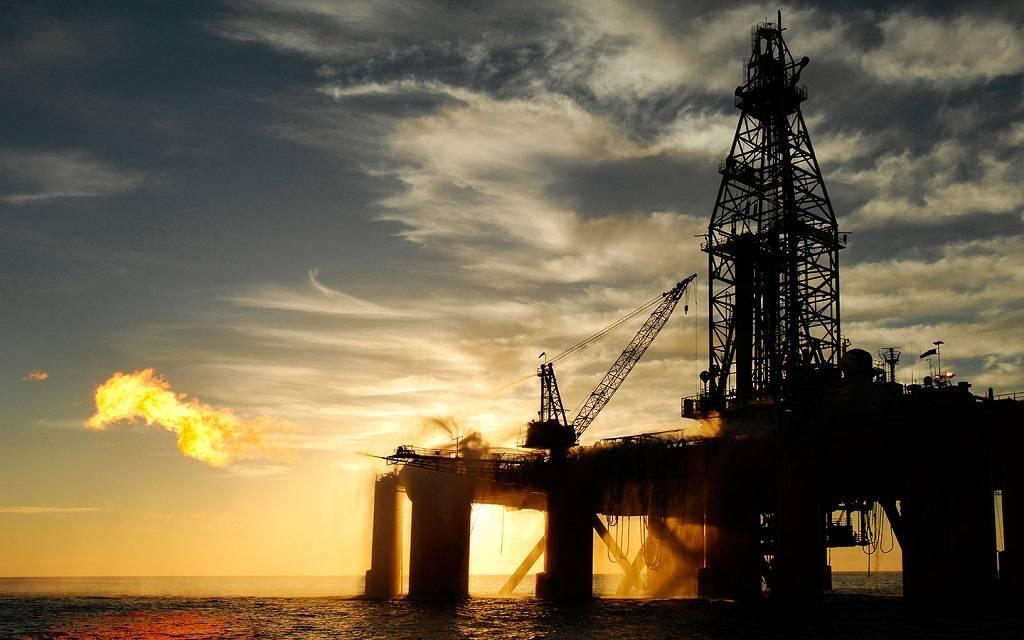 الشركات الأمريكية تغلق 58 منصة للتنقيب عن النفط