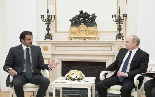لقاء سابق بين الرئيس بوتين وأمير دولة قطر