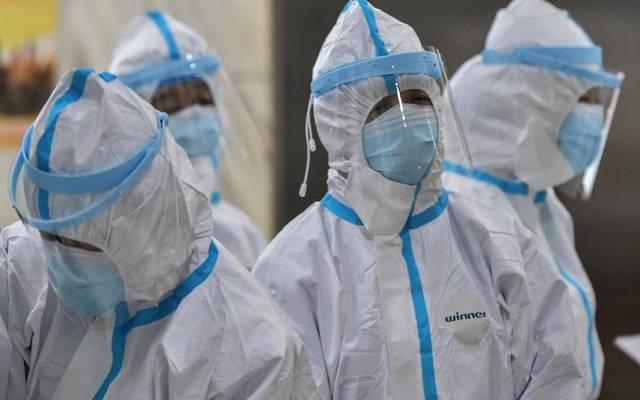 فرق طبية للكشف عن فيروس كورونا