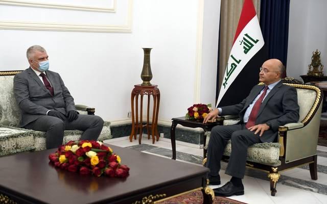 رئيس الجمهورية خلال استقباله السفير الروسي لدى العراق ماكسيم ماكسيموف