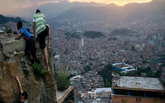 تحليل.. لماذا فشلت تريليونات الدولارات في إنهاء معاناة الدول الفقيرة؟