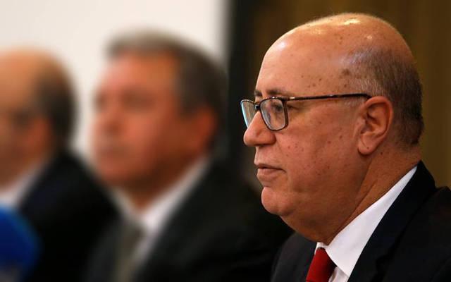 """فيديو.. محافظ المركزي التونسي: """"فلوسكم بالحفظ والأمان"""""""