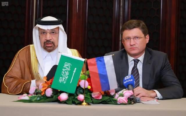 وزير الطاقة السعودي خالد الفالح ونظيره الروسي ألكسندر نوفاك في اجتماع سابق