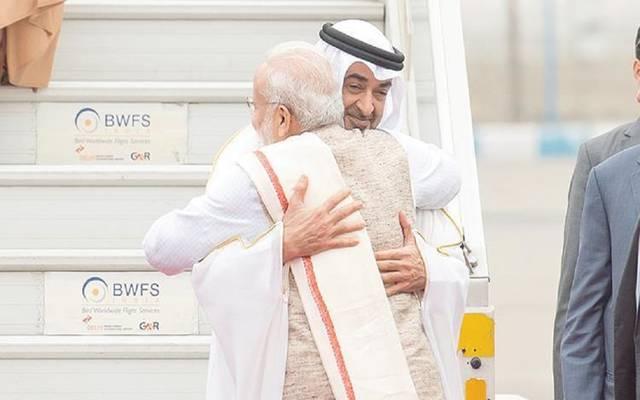 الشيخ محمد بن زايد يستقبل رئيس وزراء الهند ـ ارشيفية