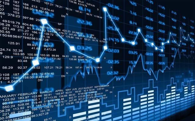 ما الأسهم الجاذبة للمستثمرين الأجانب عند التفكير بالبورصة المصرية؟
