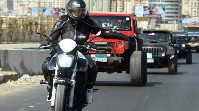 الهدف من استخدام الدراجة النارية جذب الركاب لوسائل النقل الجماعي