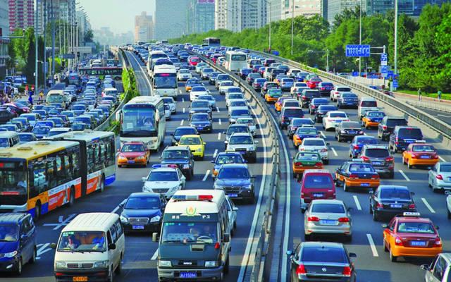 حركة المرور بالشوارع التونسية