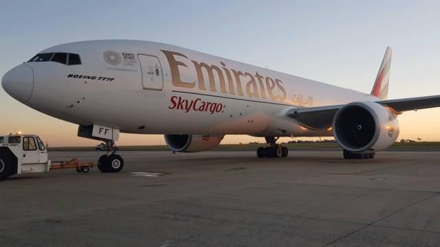 """""""الإمارات للشحن الجوي"""" تشغل 10 رحلات أسبوعياً إلى البحرين"""