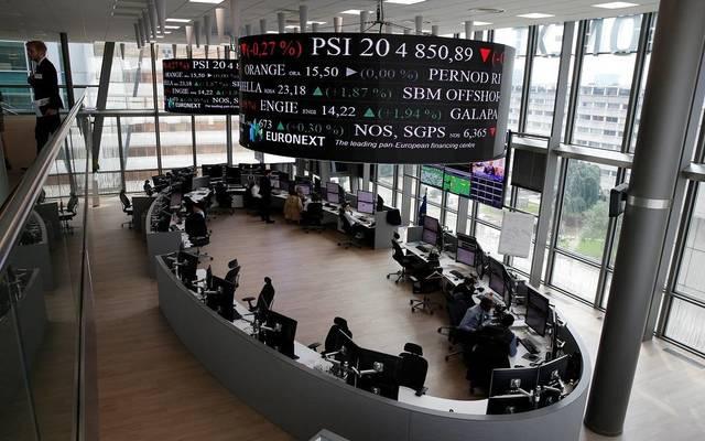 الأسهم الأوروبية تتراجع عند الإغلاق مع قوة اليورو والتوترات الجيوسياسية