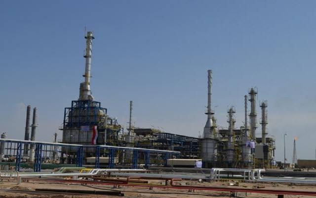 وكالة: العراق يرفع سعر شحنات مارس من خام البصرة لآسيا
