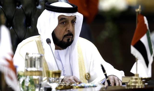رئيس الإمارات يصدر قانونين بشأن القطاع العام والخاص.. تعرف عليهما