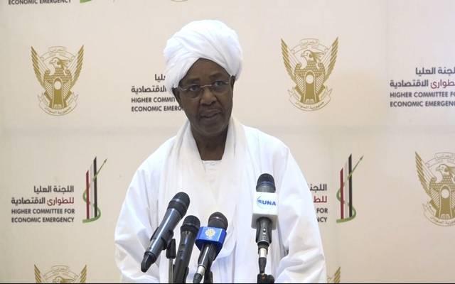 السفير عمر بشير مانيس وزير شئون مجلس الوزراء السوداني