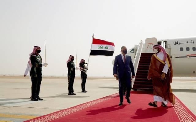 بالصور.. ولي العهد السعودي يستقبل رئيس الوزراء العراقي