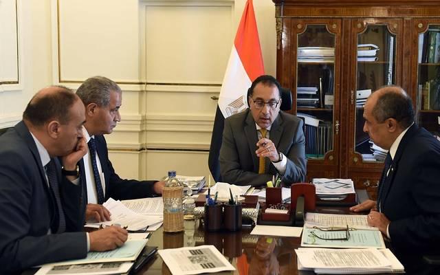 خلال عقد رئيس مجلس الوزراء اجتماعاً لمتابعة مشروعات الانتاج الداجني