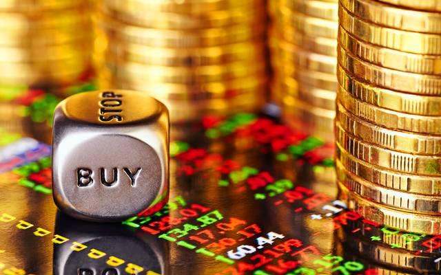 تحليل: لماذا ترتفع أسعار الذهب رغم مكاسب الأسهم؟