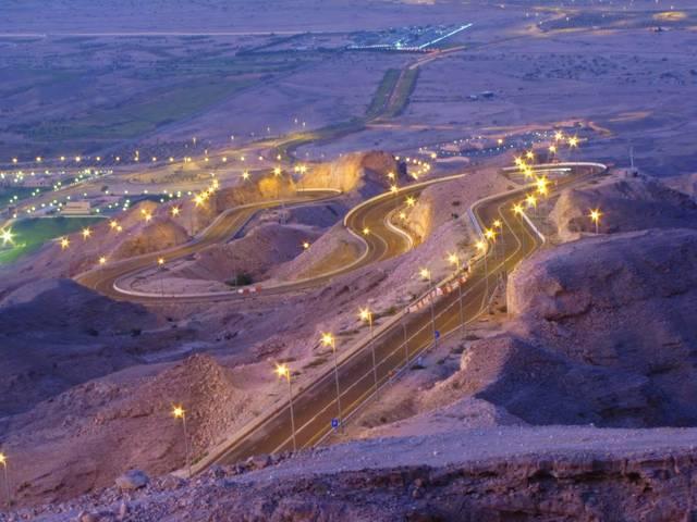 أحد طرق بلدية العين الإماراتية