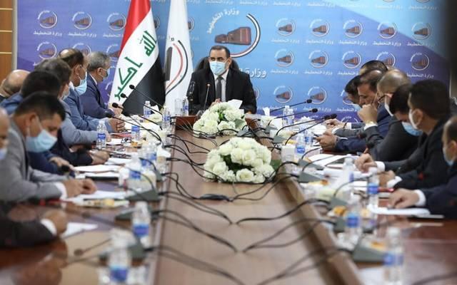 وزير التخطيط العراقي، خالد بتال النجم خلال لقائه رئيس وأعضاء اتحاد المقاولين العراقيين