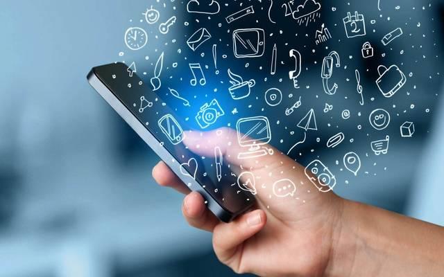 وزير: سرعة الإنترنت بمصر ستصل 20 ميجابت/ثانية الشهر الجاري