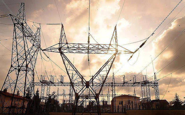 أبراج نقل الكهرباء