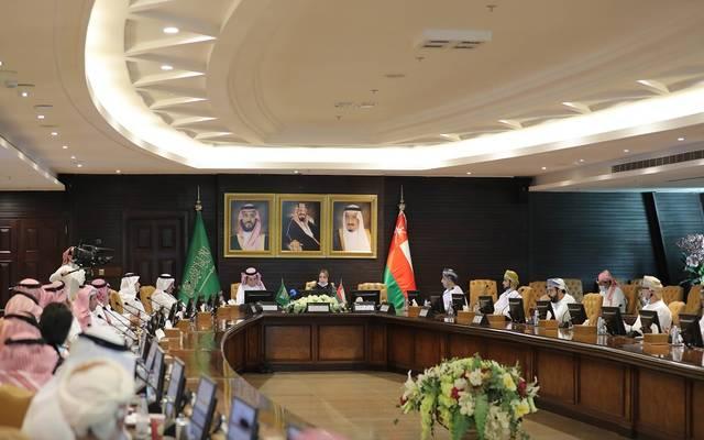 جانب من زيارة الوفد العماني لاتحاد الغرف التجارية بالسعودية
