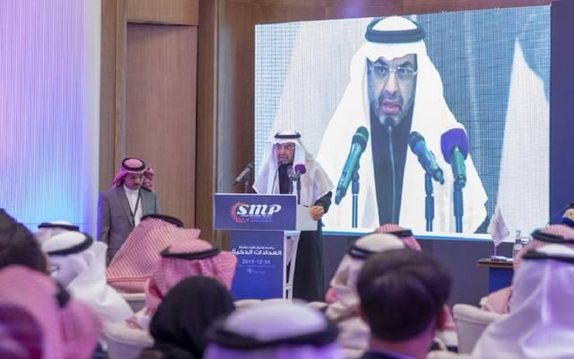 رئيس مجلس إدارة السعودية للكهرباء خالد السلطان خلال حفل توقيع عقود مشروع العدادات الذكية