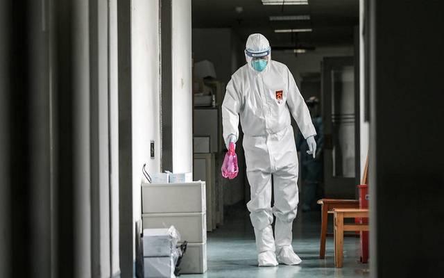 """صورة تعبيرية لمخاوف انتشار فيروس """"كورونا"""" عالمياً"""