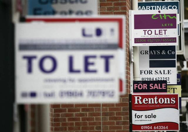 UK house prices rise at slowest pace since 7 yrs