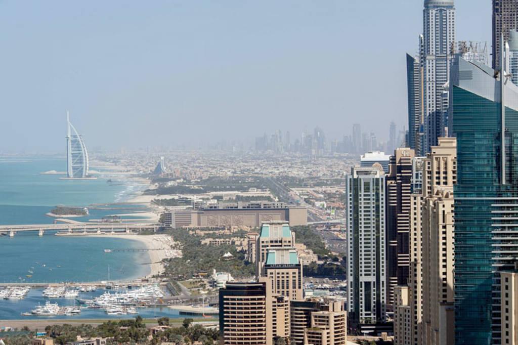 إنفوجرافيك: دبي تشهد إقبالاً كبيراً من مستثمري العالم