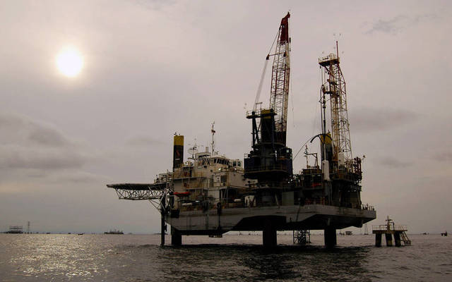"""البترول المصرية و""""شل"""" تتفقان على اقتسام إنتاج مناطق امتياز البحر الأحمر والمتوسط"""