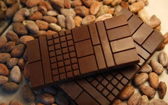 صناعة الحلويات والشيكولاتة