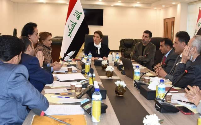 رئيس الهيئة الوطنية للاستثمار العراقية سها داود نجار خلالها الاجتماع الدوري لهيئات الاستثمار في المحافظات