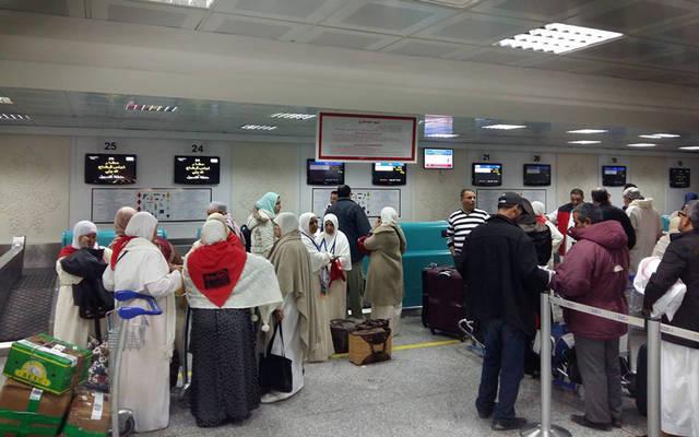 صفوف المسافرين في مواسم العمرة