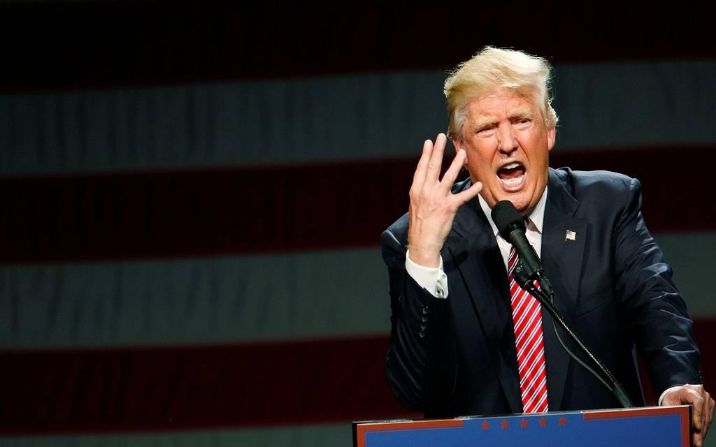 ترامب: خطر إصابة الشعب الأمريكي بالكورونا لا يزال منخفضاً