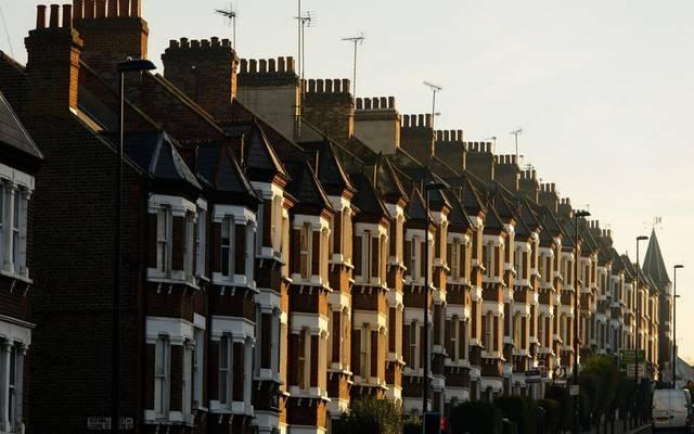 أسعار المنازل البريطانية تسجل أضعف وتيرة نمو في 2019