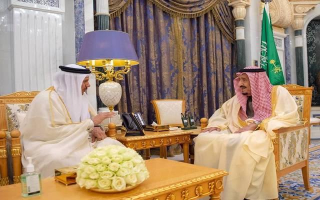 لقاء سابق بين الأمين العام لمجلس التعاون عبداللطيف الزياني مع خادم الحرمين الشريفين الملك سلمان بن عبدالعزيز