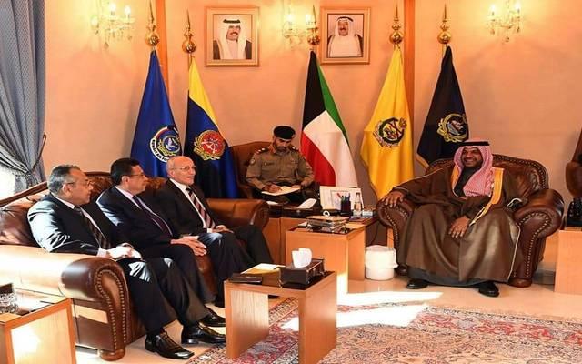 جانب من زيارة الوزير المصري للمعرض