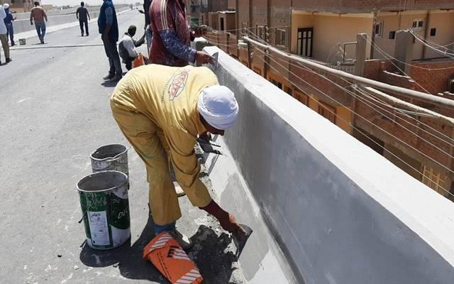 الإسكان المصرية تصدر تعليمات مُشددة لشركات المشروعات بشأن عُمال المواقع