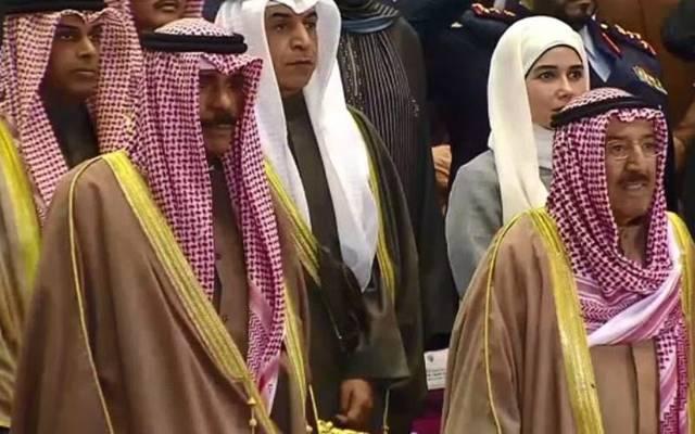 أمير الكويت ولفيف من الحضور خلال افتتاح المؤتمر اليوم