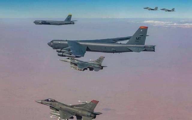 مقاتلات الـF15 السعودية ترافق القاذفات الأمريكية