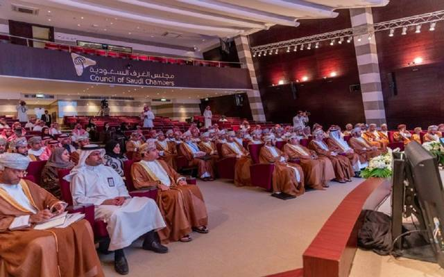 خلال ملتقى الاستثمار السعودي ـ العماني الذي نظمه مجلس الغرف السعودية