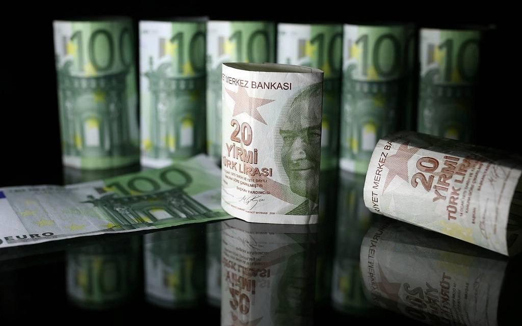 احتياطيات النقد الأجنبي لدى تركيا تتراجع لأدنى مستوى بـ5 أسابيع
